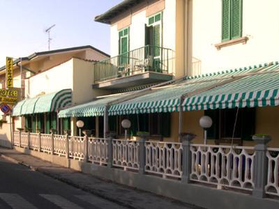 Viaspettiamo.it - Hotel Ristorante Bel Soggiorno Quercianella ...